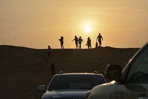 En ökenutflykt är närmast obligatorisk under ett Dubai-besök.