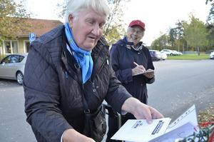 FELLINGSBRO. Hur lång är tarmen, 1,5, 7 eller 11 meter? Eivor Ahlström och Maj-Lis Carlsson gick tipspromenaden.