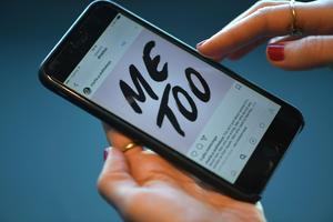 Me too. Kampanjen på sociala medier där kvinnor delar med sig av erfarenheter av sexuella övergrepp. #metooFoto: Fredrik Sandberg / TT