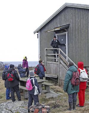 Låst stuga. När Naturskyddsföreningen kom ut till Kläppen hade kommunen satt ett lås på dörren.