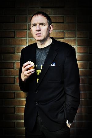 Regissören Anton Corbijn på plats i Östersund för att spela in The American.