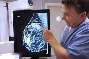 Tommy Berglund, enhetschef för Mammograficentrum, tror inte att avgiftsfri mammografiscreening kommer att få så jättestor effekt i Västernorrland, eftersom man redan i dag har ett mycket högt deltagande.