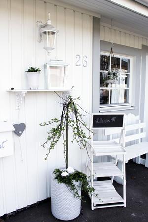 Nyöppnad butik i ett villaområde i Skutskär.