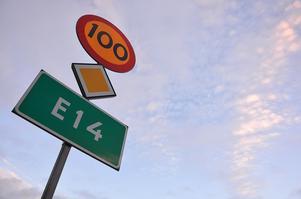 Nu har Ånge kommun enats kring ett yttrande om hur man ser på Trafikverkets förslag om att sänka hastigheten på E14 till 80 km/tim.