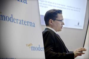 Hans Lindberg, statssekreterare på finansdepartementet höll en kort dragning om alliansens jobbpolitik.