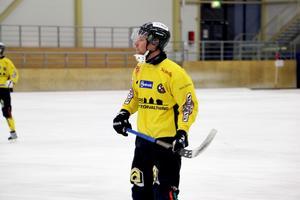 Andreas Ingemarsson satte två mål mot Falu BS men hade noterat ett hattrick om han inte bränt en straff i slutminuterna.