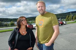Oppositionsrådet Anna-Caren Sätherberg och vice ordförande i barn- och utbildningsnämnden Peter Bergman, båda (S), saknar helhetsgrepp i Åres skolpolitik. Utredningar görs men de handlar bara om lokaler, ingen ser till helheten tycker de.