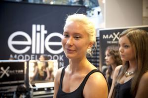Ellen Hedin, 21 år, har arbetat som modell förut. Att anmäla sig till Modelljakten gjorde hon mest som en rolig grej.
