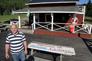 Niklas Nordvall kan nu sätta upp skylten igen. Popoulära Hörsångsbadet har fått nytt liv.