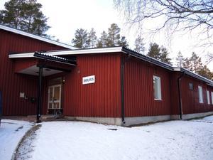 Skolbyggnaden i Trängslet.