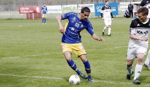 Mittfältaren Khsan Moosa från SIF gjorde sin första match i Årsunda. Då kom lagets första seger i herrtrean.