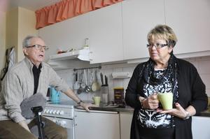 Staffan Råberg och Eva Malm känner båda en viss oro för att på ålderns höst hamna på ett äldreboende där man inte vet hur man ska vårda parkinsonpatienter.