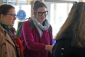 Liberalernas riksdagsledamot Birgitta Ohlsson besökte Sollefteå sjukhus under tisdagen tillsammans med bland lokale fullmäktigeledamoten, Eva Halling.