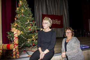 På annandagen kommer Rihno-Ceros att spela på Folkan i Ljusne. tills dess hoppas Madeleine Jonsson och Kerstin Nabb att de har fått serveringstillståndet.