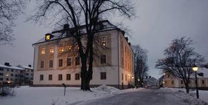 Barbro Holmberg bor på de två översta våningarna.