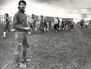 Humlan hade länge ett framgångsrikt fotbollslag. I förgrunden ses Christer Ecström som spelade forward. Bild från maj 1979.