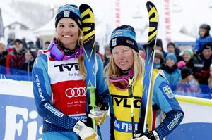 Anna Holmlund tillsammans med Sandra Näslund i februari förra året.