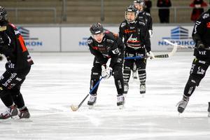 Tillbergas lagkapten Robin Andersson menar att laget har en del att fundera kring för att komma ur nuvarande svacka.
