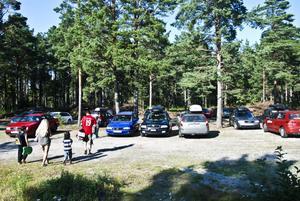 En skön dag på stranden slutade med parkeringsanmärkning för ett flertal badgäster.
