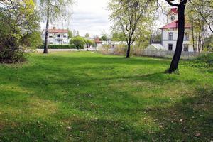 Swartz-tomten kan bebyggas med 8 lägenheter med start i december.