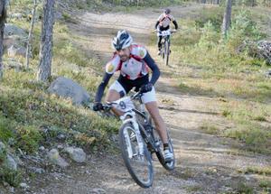 Håkan Karlgren dundrade på bra i finalen av Härjedalsserien. Karlgren missade visserligen pallplats i sista deltävlingen men gjorde ändå ett fint lopp.