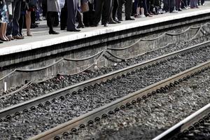 Dyrare. Att ensidigt höja järnvägens avgifter försämrar järnvägens konkurrenskraft och driver godset och resandet ut på vägarna, skriver Pia Nilsson. foto: scanpix