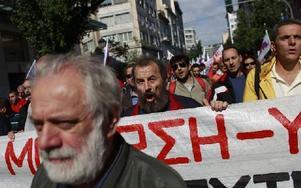 Vänstersympatisörer på marsch mot nazipartiet Gyllene gryning. Foto: Kostas Tsironis