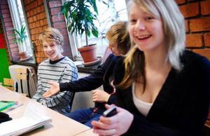 Hannes, till vänster, får träffa drottningen. Foto: Ulrika Andersson