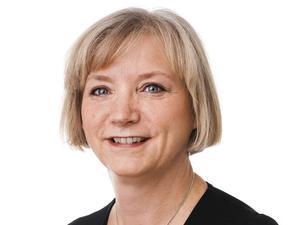 Kristina Söderlund på Reumatikerförbundet har mött flera människor som blivit ifrågasatta av sjukvården när de sökt hjälp för fibromyalgi.