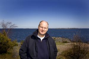 -Grisslehamn är Sveriges Key West, det är också en plats jag älskar, säger författaren Anders Jallai.
