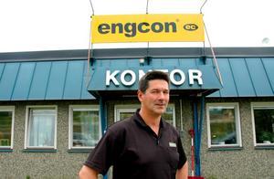 """""""Jag tror stenhårt på framtiden. 2010–2011 ska vi vara med igen. Engcon är fortfarande ett stabilt företag."""", säger vd:n Stig Engström.  Foto: Jonas Ottosson"""