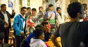 Över hundra personer träffades på Mysoxen för att fira nyår.
