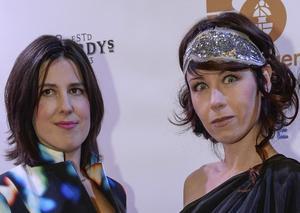 Mathilde Dedye och Anna Odell på  Guldbaggegalan 2014.