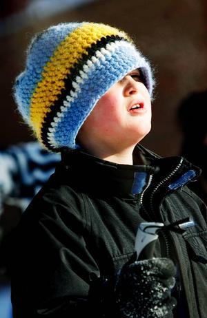 Till OS 2014 kanske denne unga skidåkare växt i sin mössa.Foto: Henrik Flygare