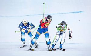Victor Öhling Norberg skär mållinjen som segrare i lördagens tävling. Men under söndagen tog kanske krafterna slut.