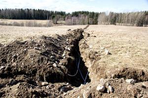 Totalt grävs 4,6 kilometer för bredbandsprojektet i Rörshyttan.