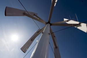 På onsdagen avgjorde kommunfullmäktige köpet av tio vindkraftverk från konkursmässiga Samkraft.