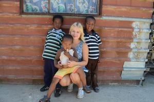 Emelie arbetade på ett barnhem i East London.