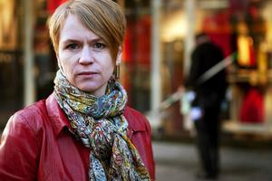 Rebecka Bohlin belyser Europas nya arbetarklass: de som ofta är immigranter, har osäkra arbetsförhållanden och står i stort sett utanför lagen.