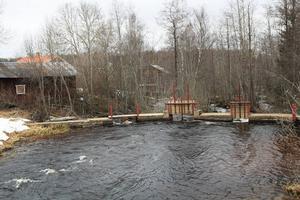 Kommunen kommer inte överklaga domen som ger Kilafors kraftverk tillstånd att fortsätta bedriva verksamhet i Kilån. Foto: arkiv.