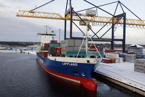 Det känns som om Gävle kommun inte bryr sig om hamnens utveckling, menar facken.