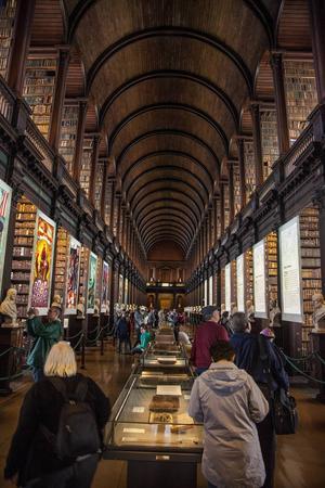 Det anrika biblioteket på Trinity College är en stor sevärdhet.