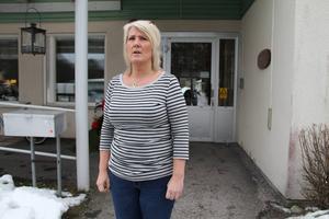 Flera anställda har fått huvudvärk, enligt undersköterskan Christina Ström.