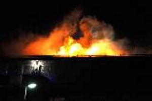 I mitten av april utbröt en kraftig brand i samma fastighet på Eriksbergsvägen som morgondagens brand. Men dagens brand kunde snabbt släckas av räddningstjänsten.