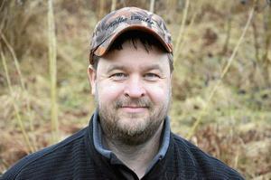 Nu planerar jag för mer konditionsträning för Ställa. Janne Gustavsson, viltmästare på Dylta bruk.