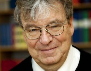 Sven-Göran Malmgren, professor och huvudredaktör för Svenska Akademiens ordlista.   Göteborgs universitet
