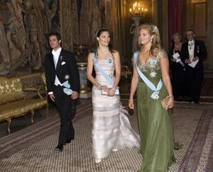 2008. En bedårande och originell puderfärgad Engshedenklänning blev det vid den sedvanliga kungamiddagen dagen efter Nobelfesten.