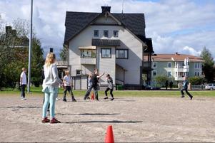 Per Carlström sprang fort under brännbollsmatchen.