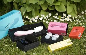RFSU och Apoteket vill med serien -Trust in Lust- erbjuda ett rumsrent och högkvalitativt sortiment av sex- och lustprodukter.
