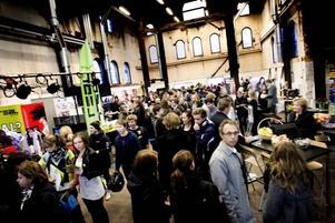 Friskolornas gymnasiemässa vid Gasklockorna lockade många intresserade nior som snart ska välja program och skola till gymnasiet.